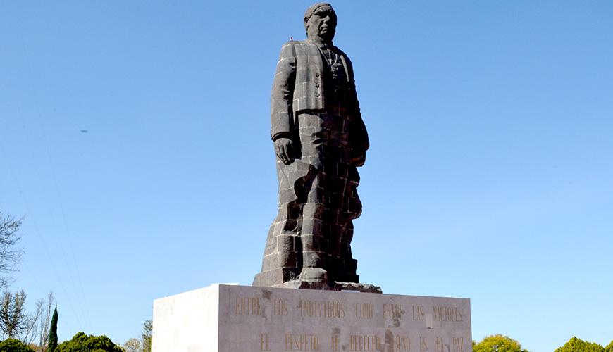 Cuando vengas recuerda visitar el imponente monumento del presidente Benito Juárez