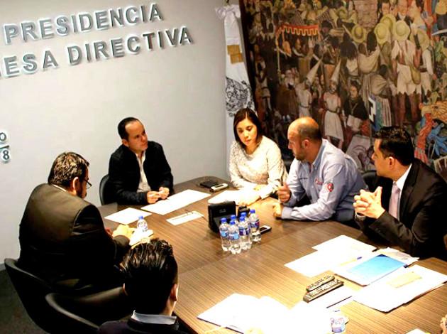 Diputados del PRD, PRI y PAN estuvieron en la primera reunión