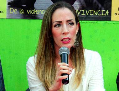 Karla Martínez de Orihuela, Presidenta del SMDIF exhortó a los presentes a participar en el reto del y para el municipio