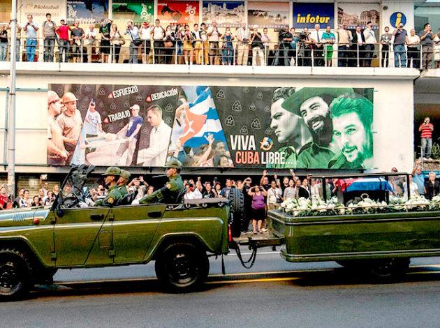 Los restos del comandante recorrieron la Caravana de la Libertad