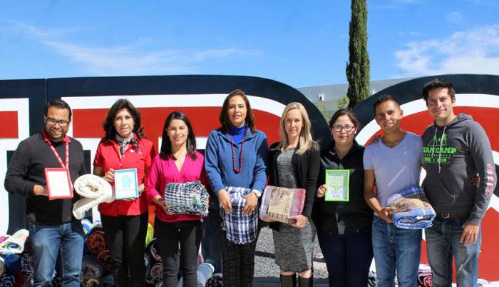 """Los donativos apoyan al programa municipal """"Una cobija, un abrazo 2016"""""""