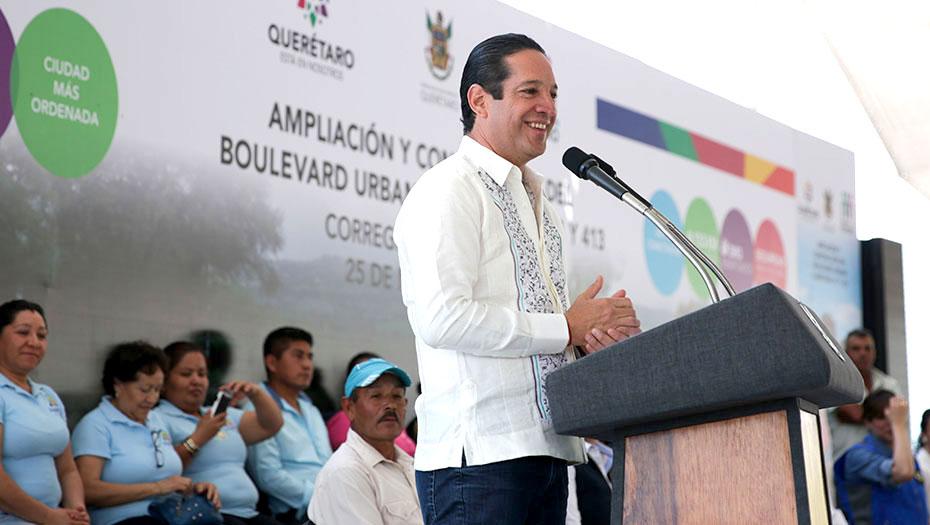 <h1>Francisco Domínguez presenta proyecto para ampliar carreteras de Huimilpan y Corregidora</h1>