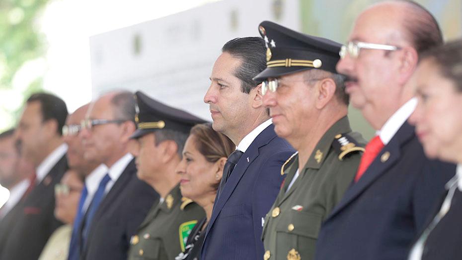 <h1>Gobierno de Querétaro y Defensa Nacional entregan condecoración &#8220;Victoria de la República&#8221;</h1>