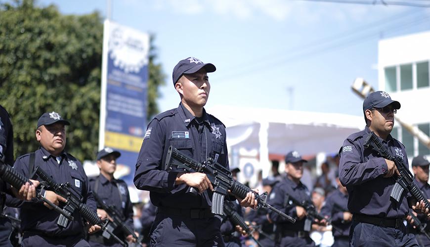 <h1>Con desfile Cívico Militar se conmemora en Querétaro el inicio de Independencia de México</h1>
