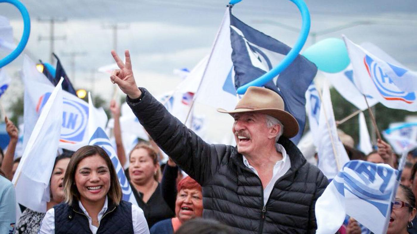 Enrique Vega se compromete con transporte gratuito para adultos ...