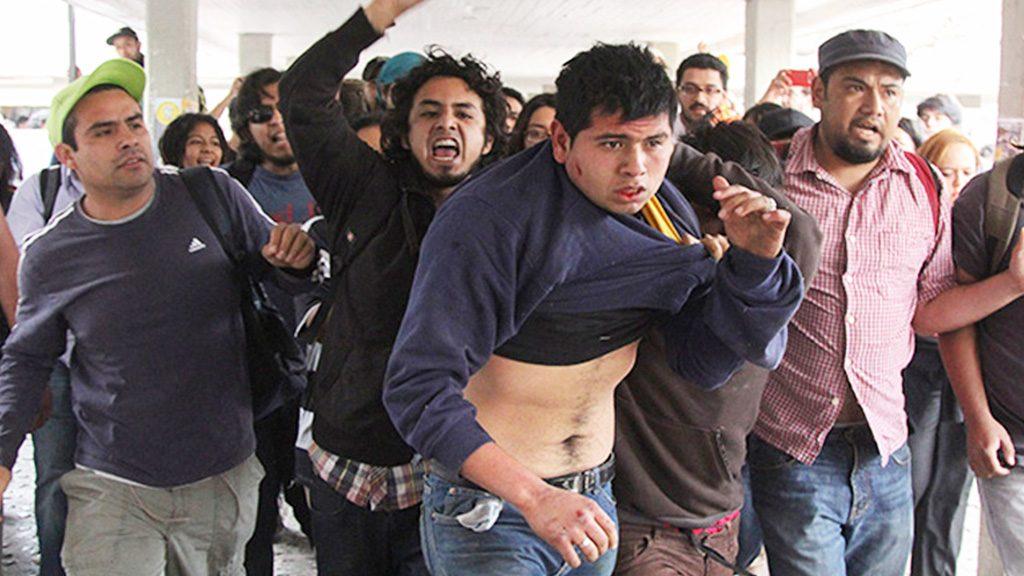 <h1>Pide AMLO a universitarios confiar en autoridades</h1>