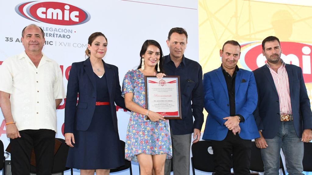 <h1>CMIC Celebra el Día de la Santa Cruz 2019 con una Expo-Comida</h1>
