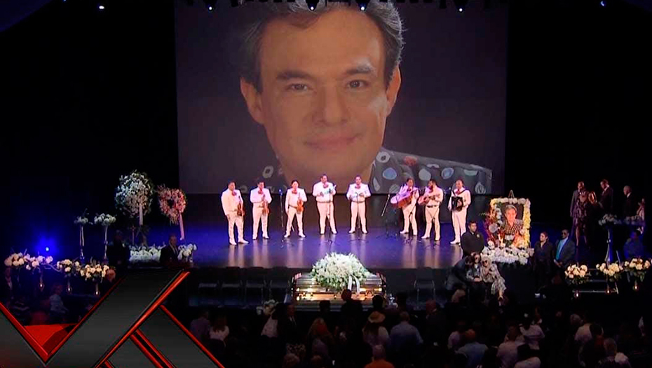 <h1>Rinden homenaje a José José en Miami</h1>