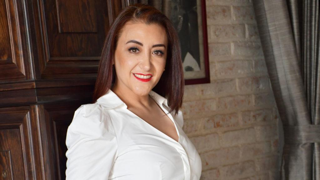 <h1>Adriana Brieño Ávila, Vicepresidenta de la CANIRAC Querétaro</h1>