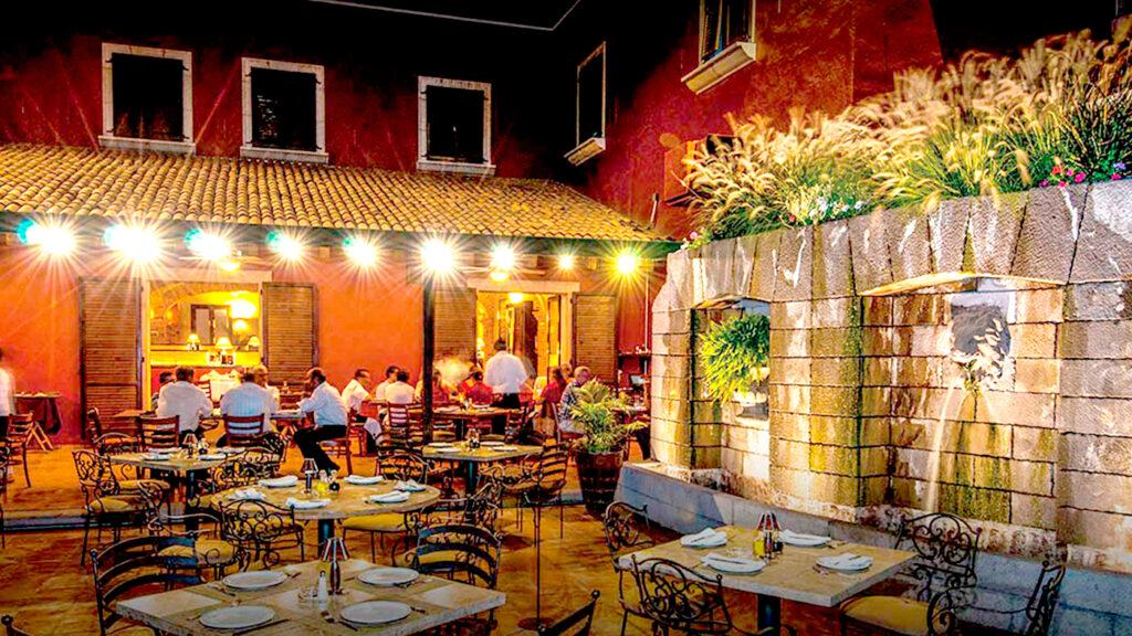 <h1>Restaurantes en Querétaro no podrán abrir los domingos</h1>