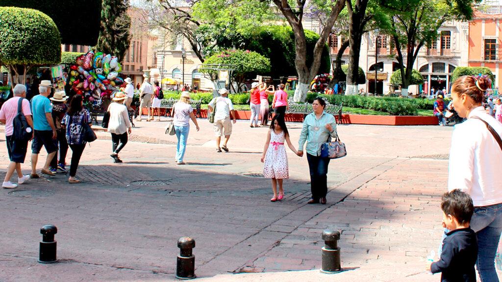<h1>Inicia temporada de calor en Querétaro</h1>